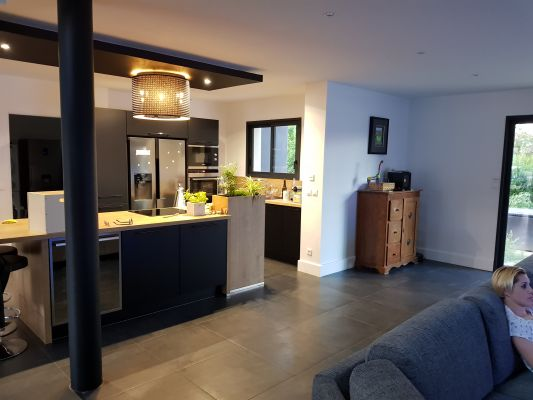 La vue sur la cuisine de GRETIF + 6 autres photos