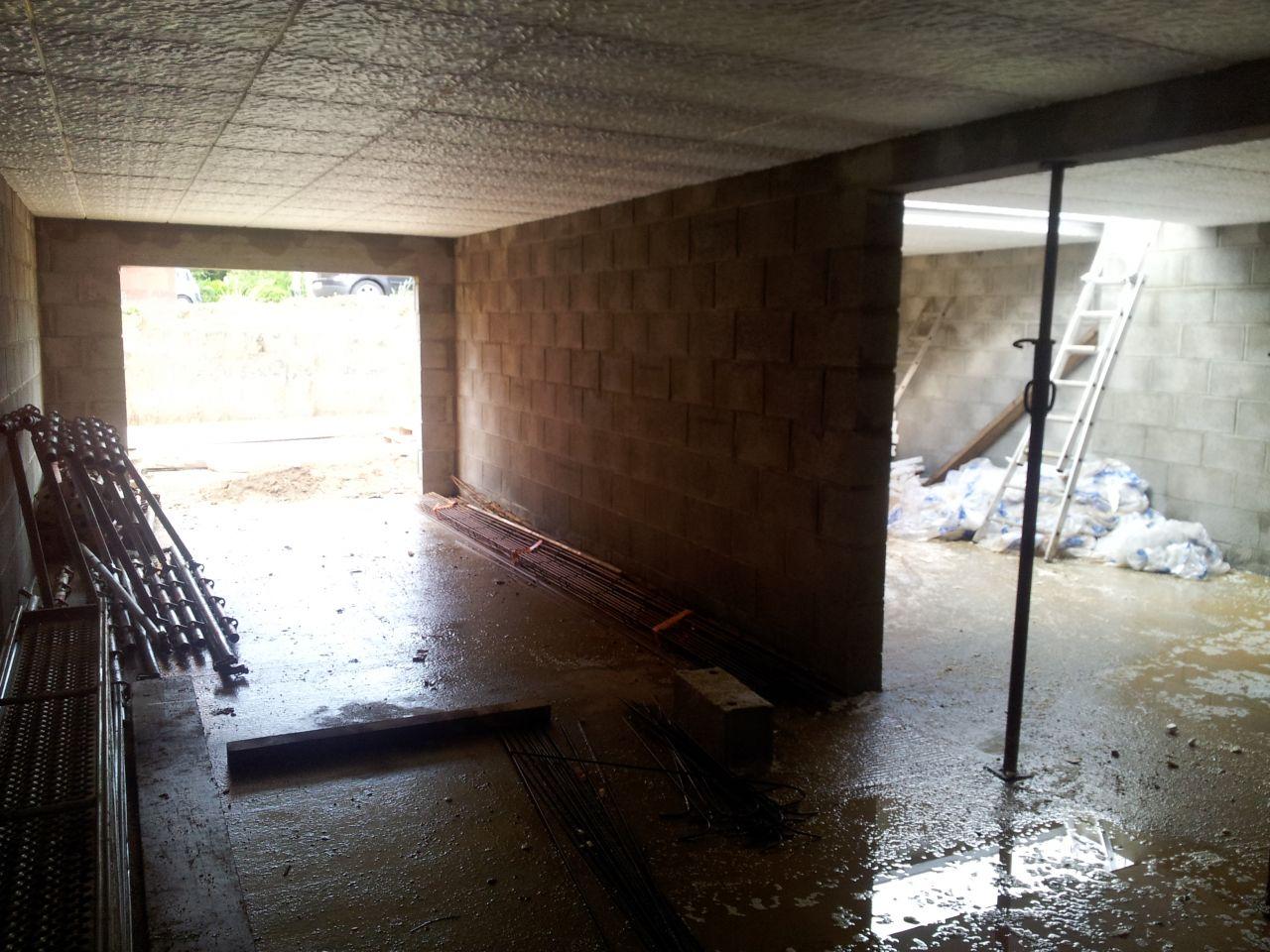 Sous-sol: Préparation pour la dalle du RDC.