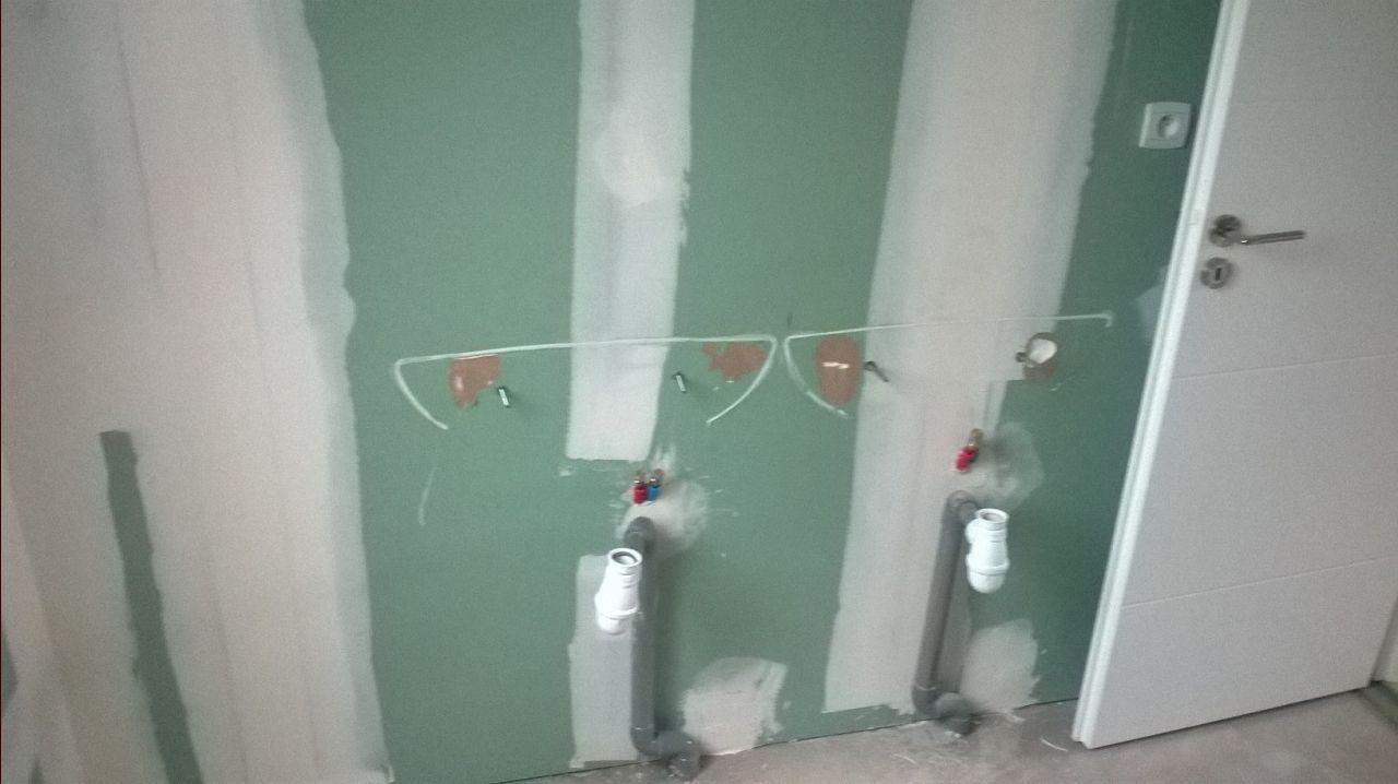 2eme salle de bain d but des travaux carrelage sdb 2 st ouen de thouberville eure - Leroy merlin saint ouen saint ouen ...