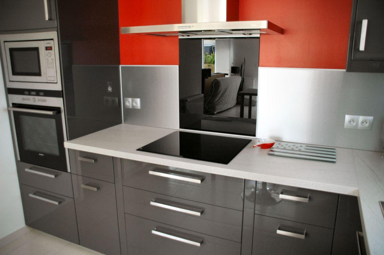 Cuisine ikea grise laquee avec des id es for Ikea dessin cuisine