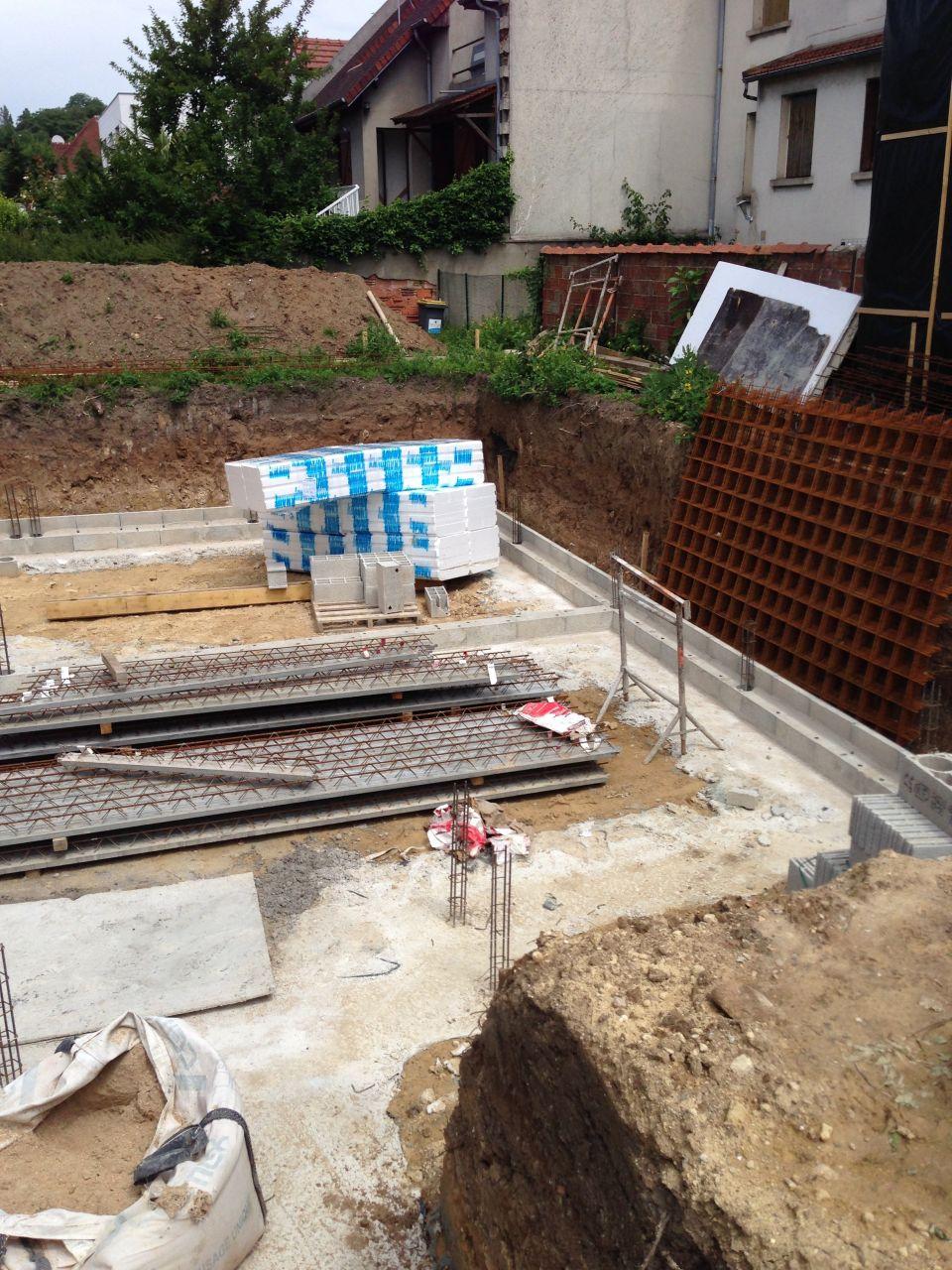 Terrassement suite et fin fondation vide sanitaire et for Fondation vide sanitaire
