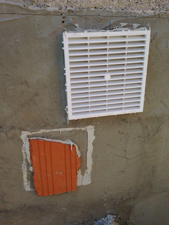 Elevation des murs de l 39 tage leguevin haute garonne - Grille de ventilation vide sanitaire ...