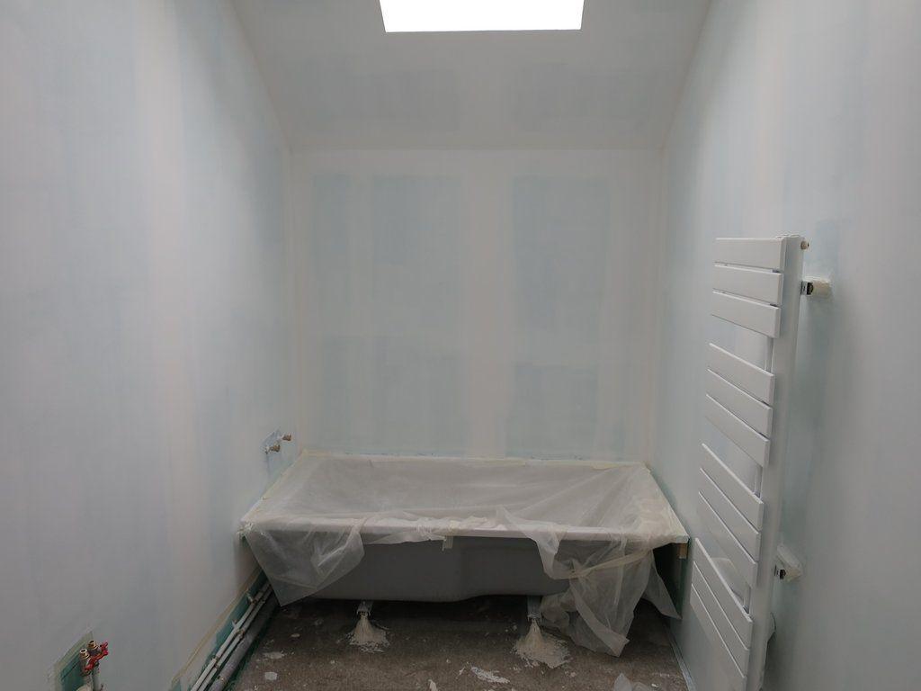 Sous couche plafonds on ose la couleur dans les for Sous couche acrylique la rochelle
