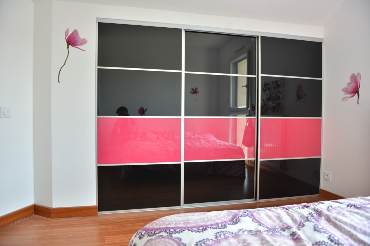 porte de placard coulissante sur mesure pas cher id e inspirante pour la. Black Bedroom Furniture Sets. Home Design Ideas