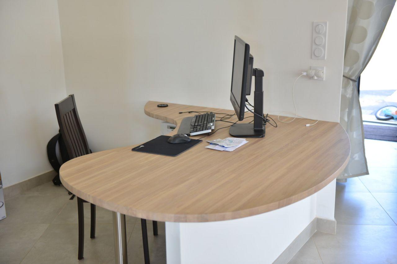 Bureau termin installation du 2 0 termin e projet for Plan de travail pour bureau