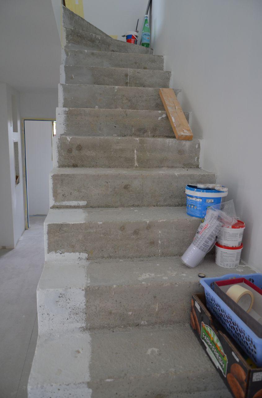 Ragr age escalier en b ton enduit ragr age escalier en for Ragreage avant carrelage