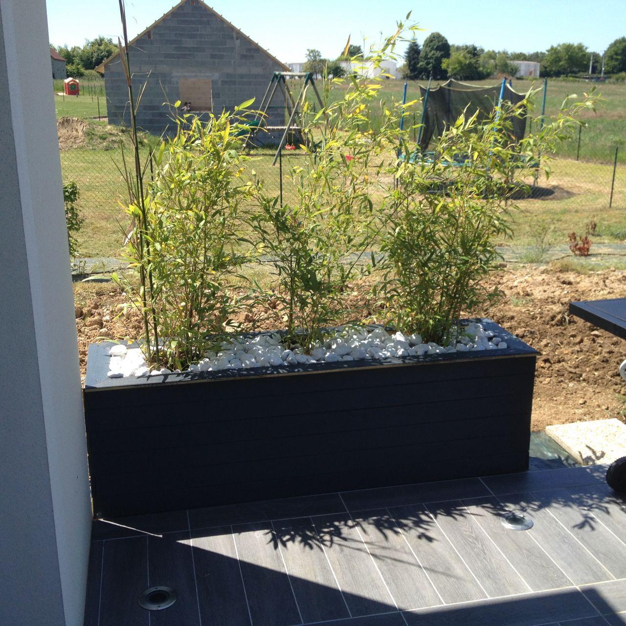 jardini re pour se prot ger du vis vis jardini re fin ext rieur cher. Black Bedroom Furniture Sets. Home Design Ideas