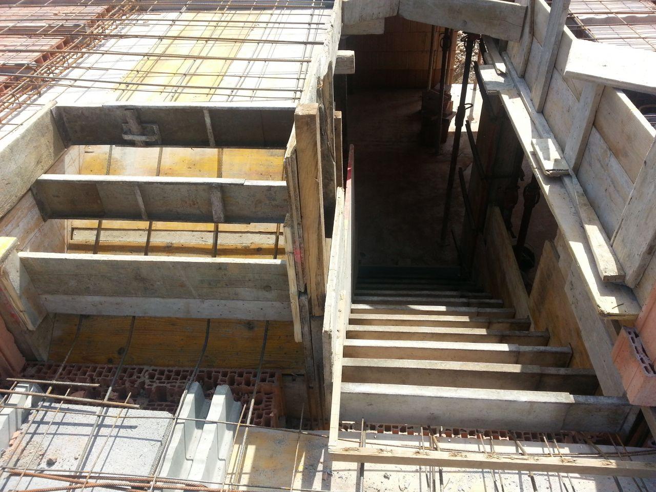 Escalier palier demi niveau