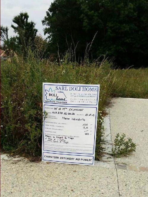 Pause du panneau de permis de construire le 19/07/2014