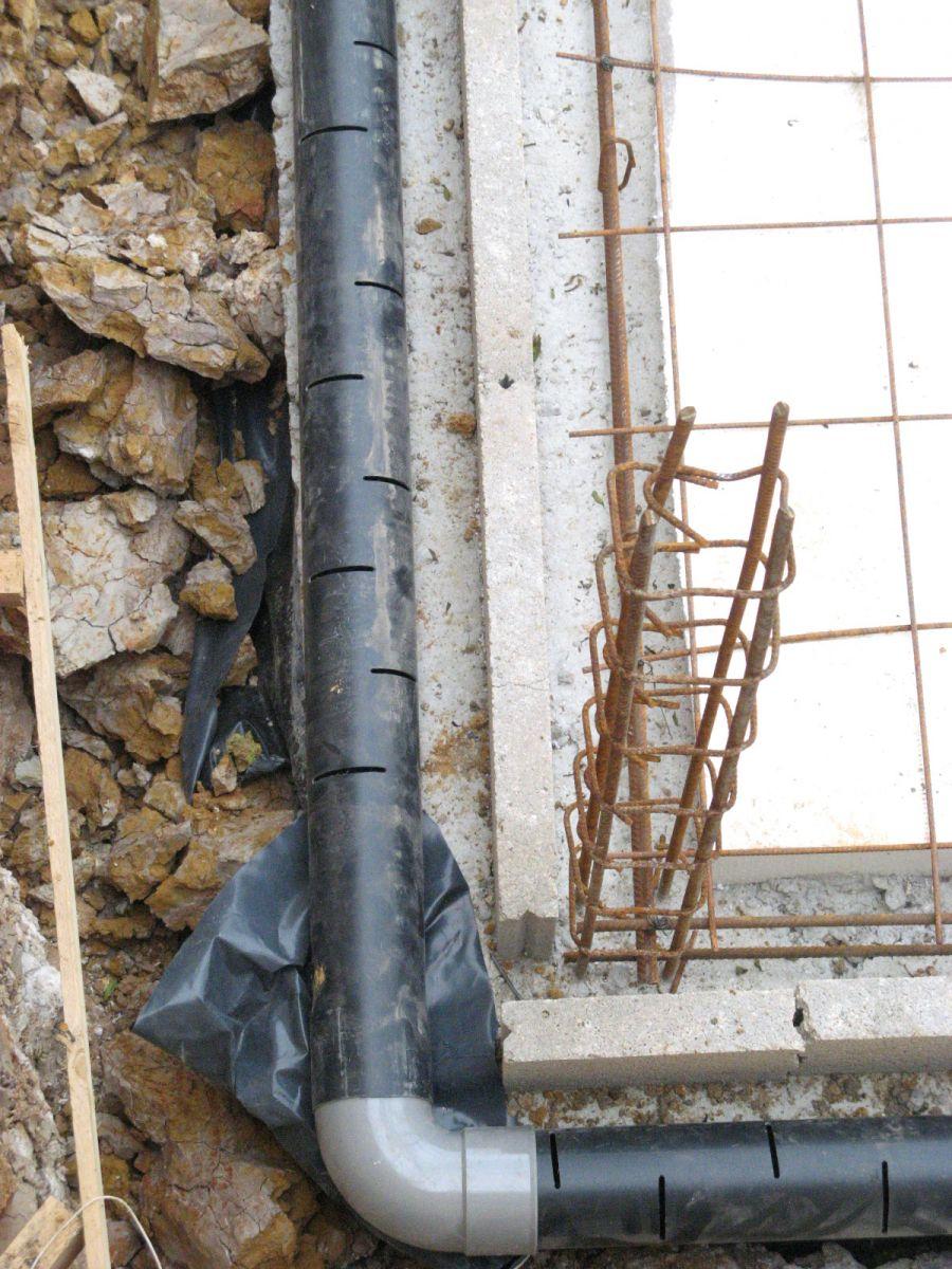 Infiltration d 39 eau au sous sol drain bouch 14 messages - Infiltration sous sol maison ...