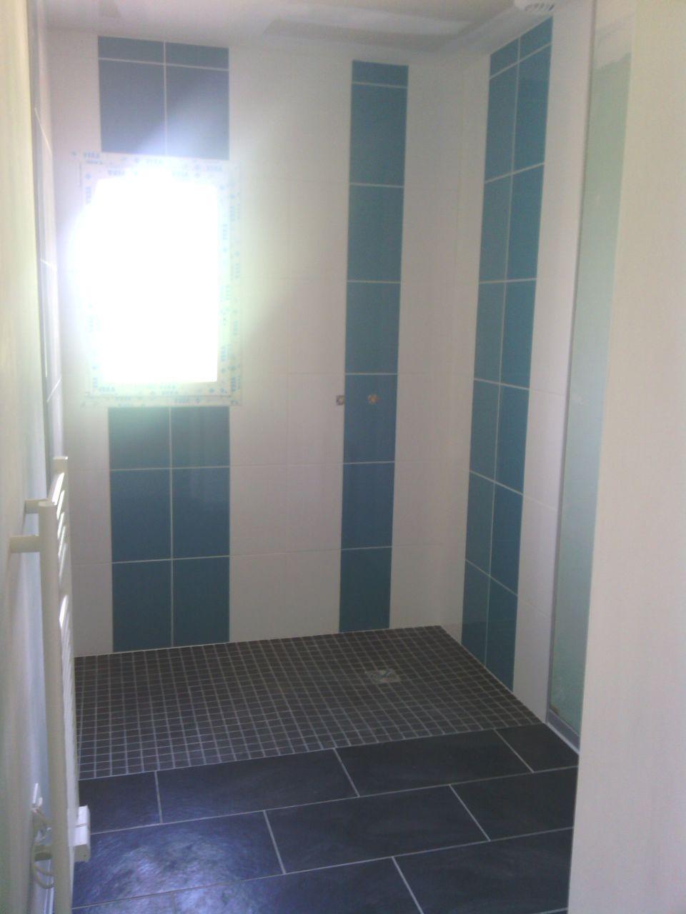 Photo fa ence de la douche l 39 italienne termin e ainsi for Douche italienne faience