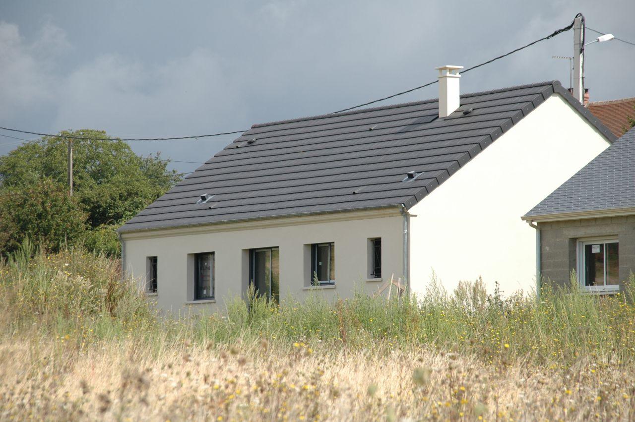 Photo enduit blanc gratt prb 015 enduit cr pis for Nettoyage facade enduit gratte