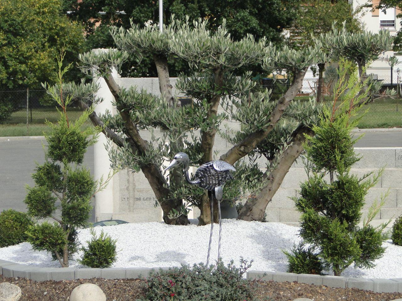 Jardin leguevin haute garonne for Prix entretien jardin