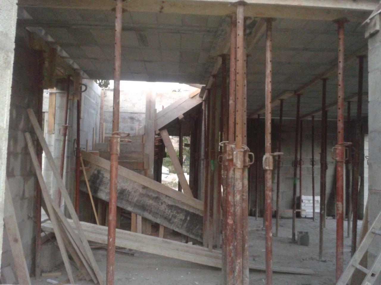 dalle d?étage et escalier coulé