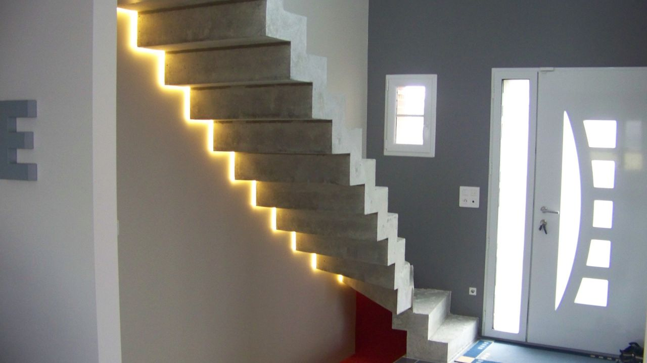spot led pour escalier. Black Bedroom Furniture Sets. Home Design Ideas