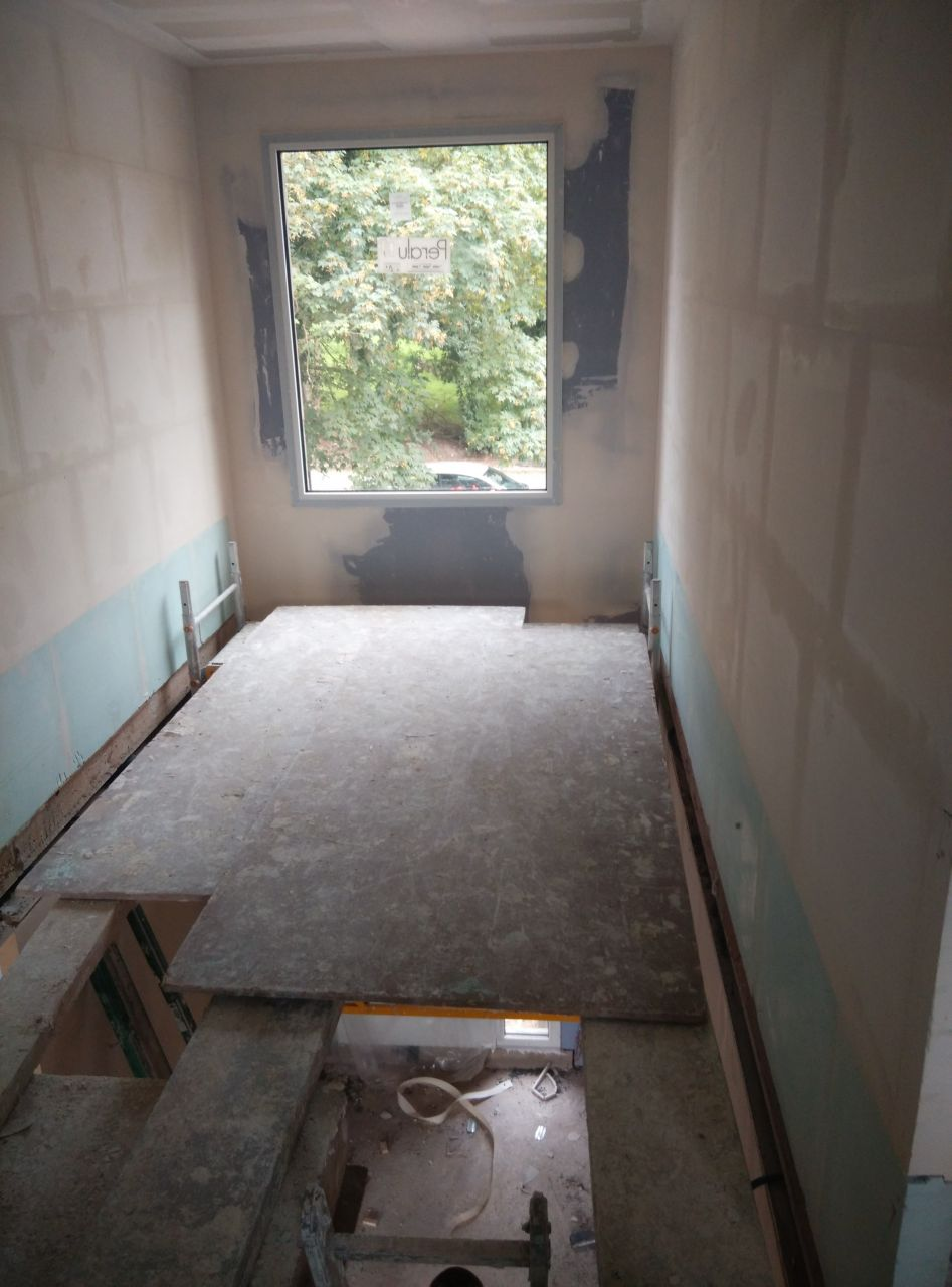Cloisonnement de l'etage, notre vide sur Hall