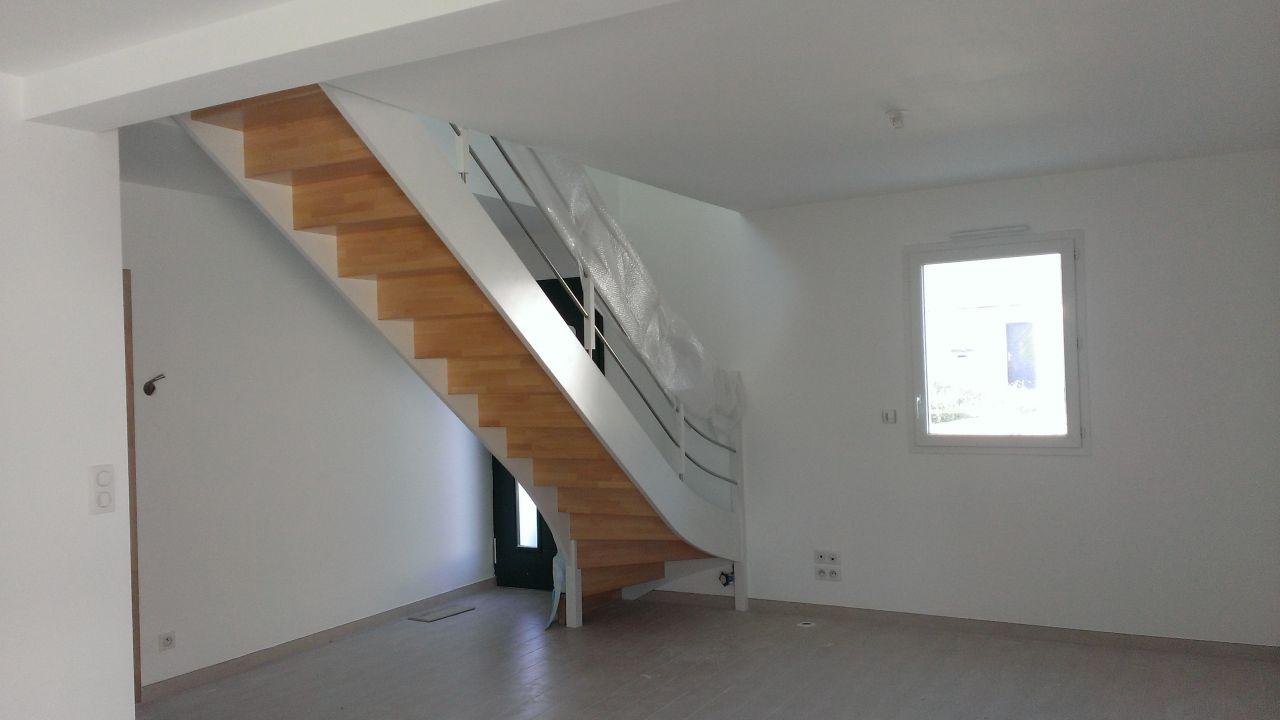 Premi re semaine de travaux peinture carrelage for Berthelot construction carquefou