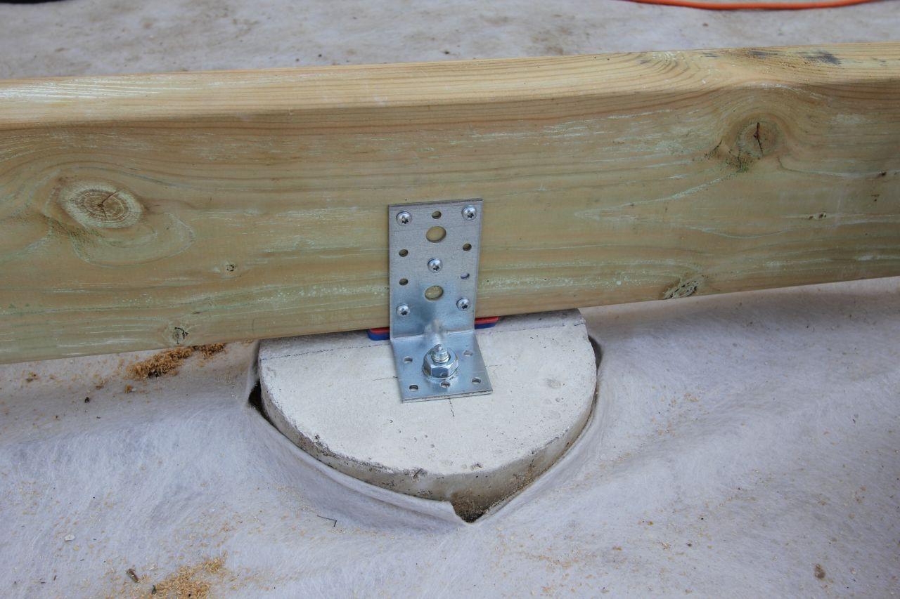 R alisation d une terrasse bois composite silvadec 57 - Fixation lambourde terrasse bois ...