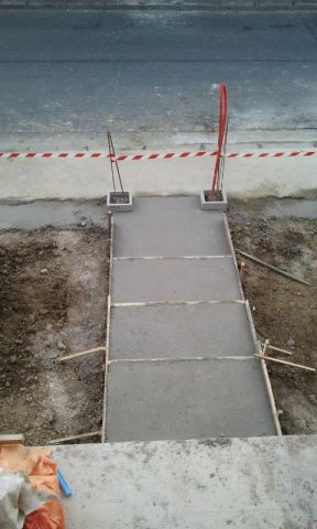 les pas de mule pour l'accès depuis la rue