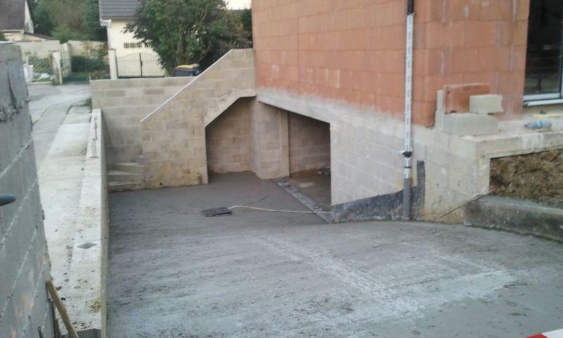 La rampe d'accès au garage