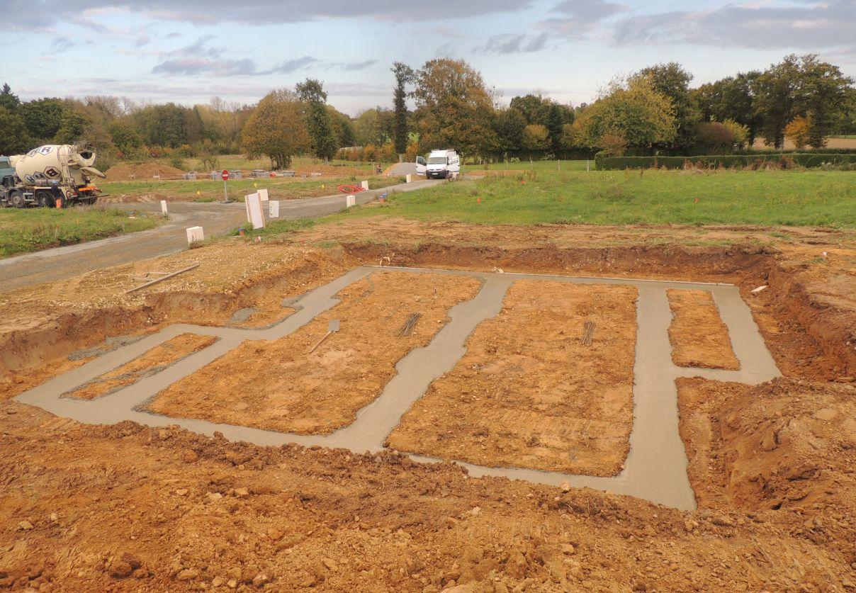 Terrassement et fondations vide sanitaire pr paration for Terrassement et fondation
