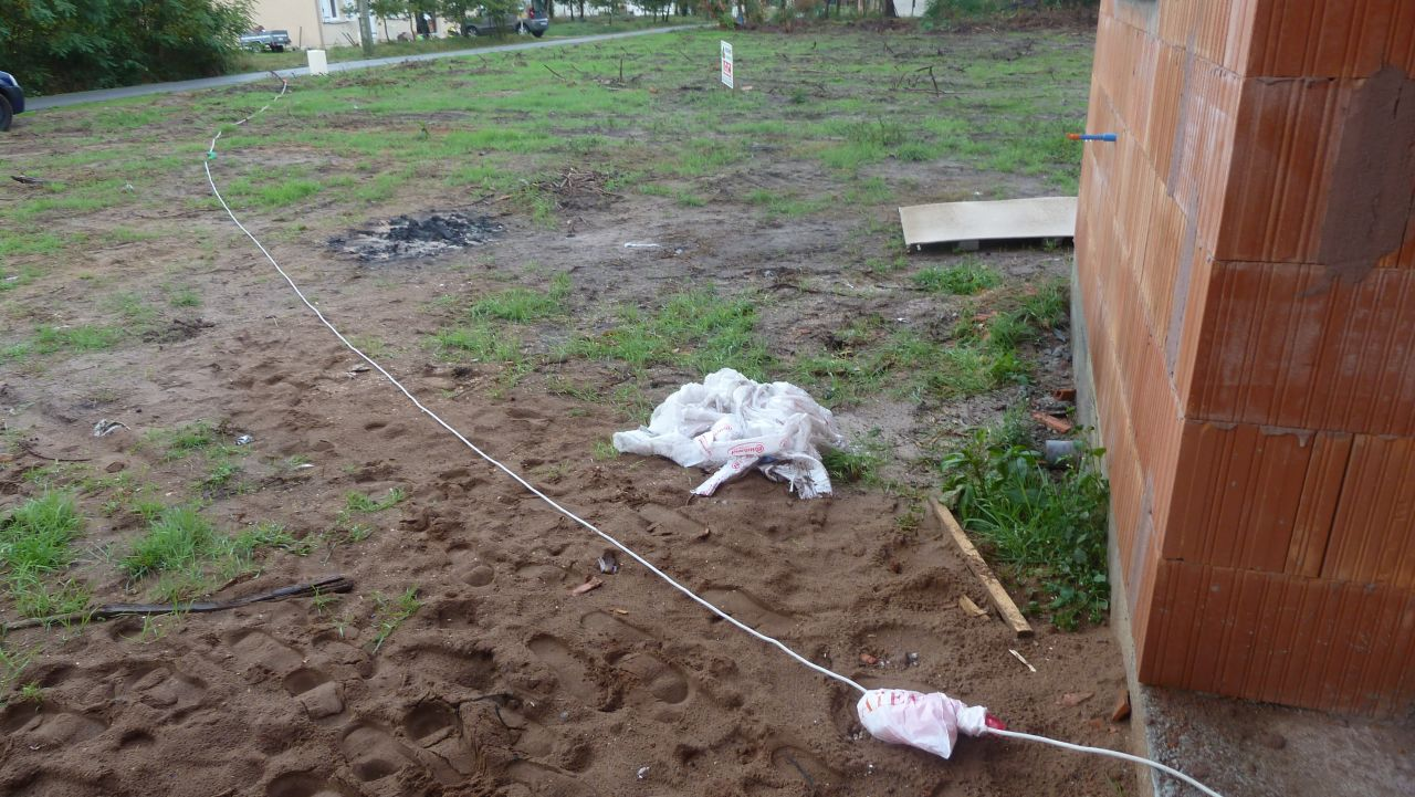 Installation éléctrique pour se brancher chez la voisine