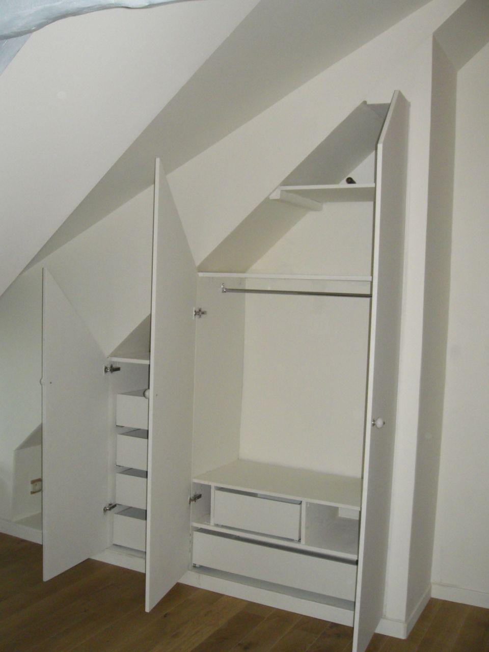 cr ation d 39 un placard en sous pente carrelage salle de bain tage cuisine termin e murs. Black Bedroom Furniture Sets. Home Design Ideas