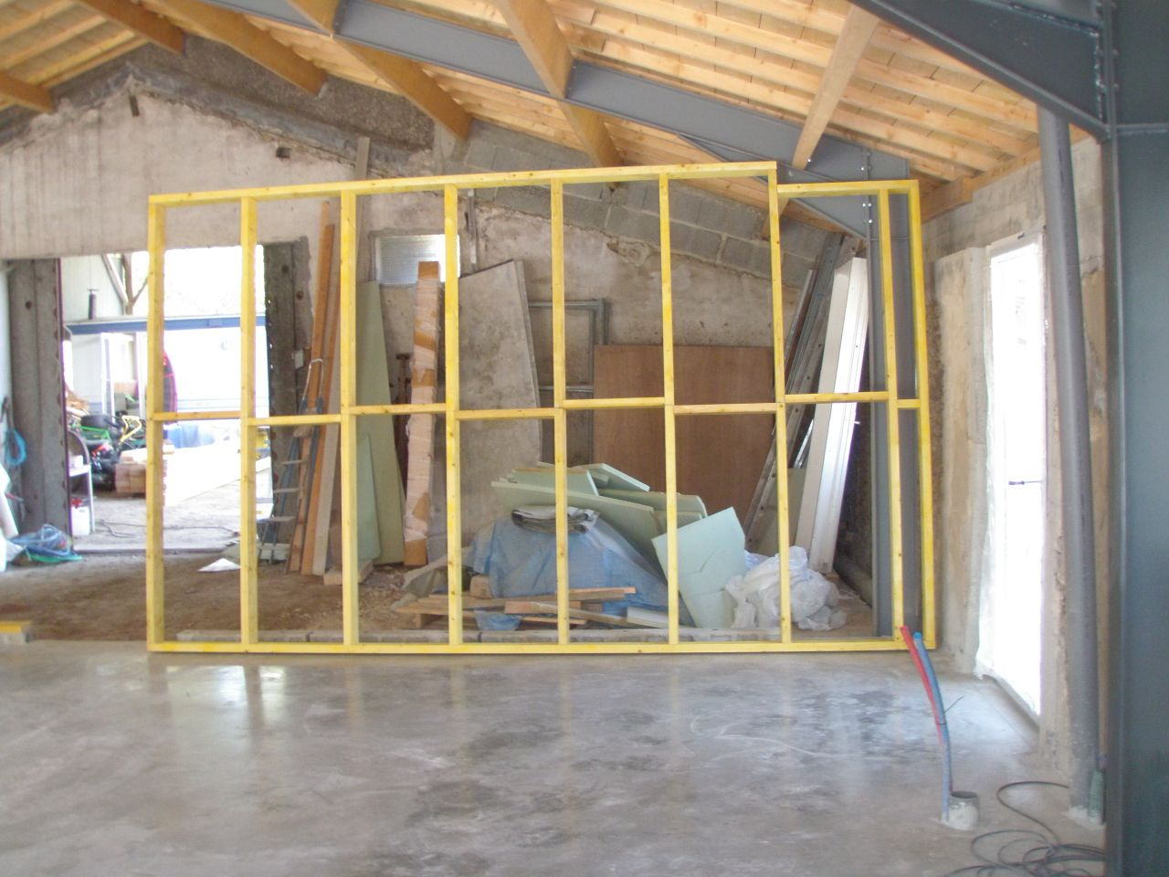 assainissement ossature bois faux grenier isolation et placages vendee. Black Bedroom Furniture Sets. Home Design Ideas