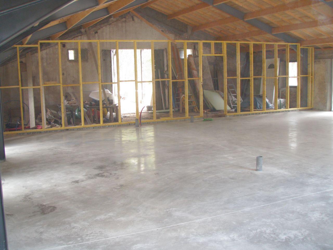 ossature bois de la cloison maison-garage