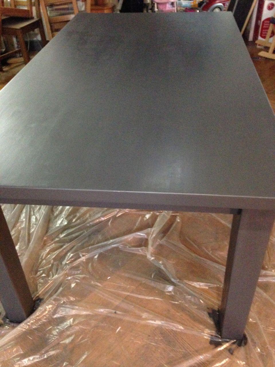 table 3è couche <br /> L'aspect irrégulier est maintenu. Il me reste a appliqué le vernis de protection