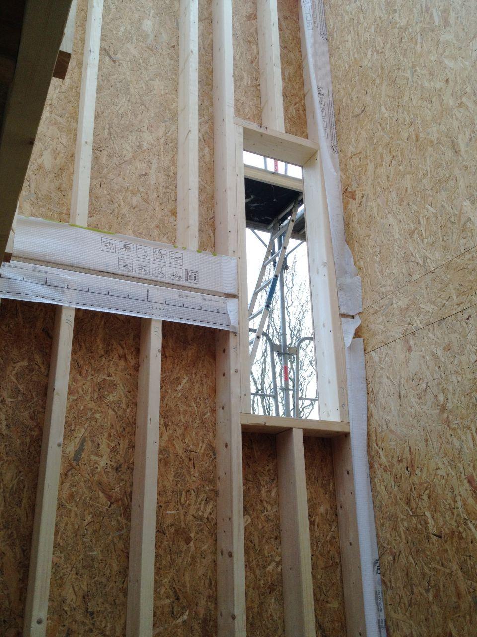 Fenêtre escalier étage côté Su/Ouest
