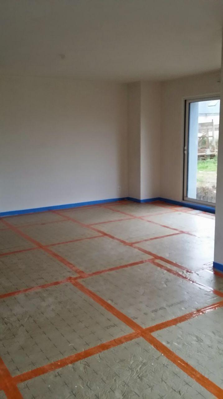 enfin le plancher chauffant erdf finistere. Black Bedroom Furniture Sets. Home Design Ideas