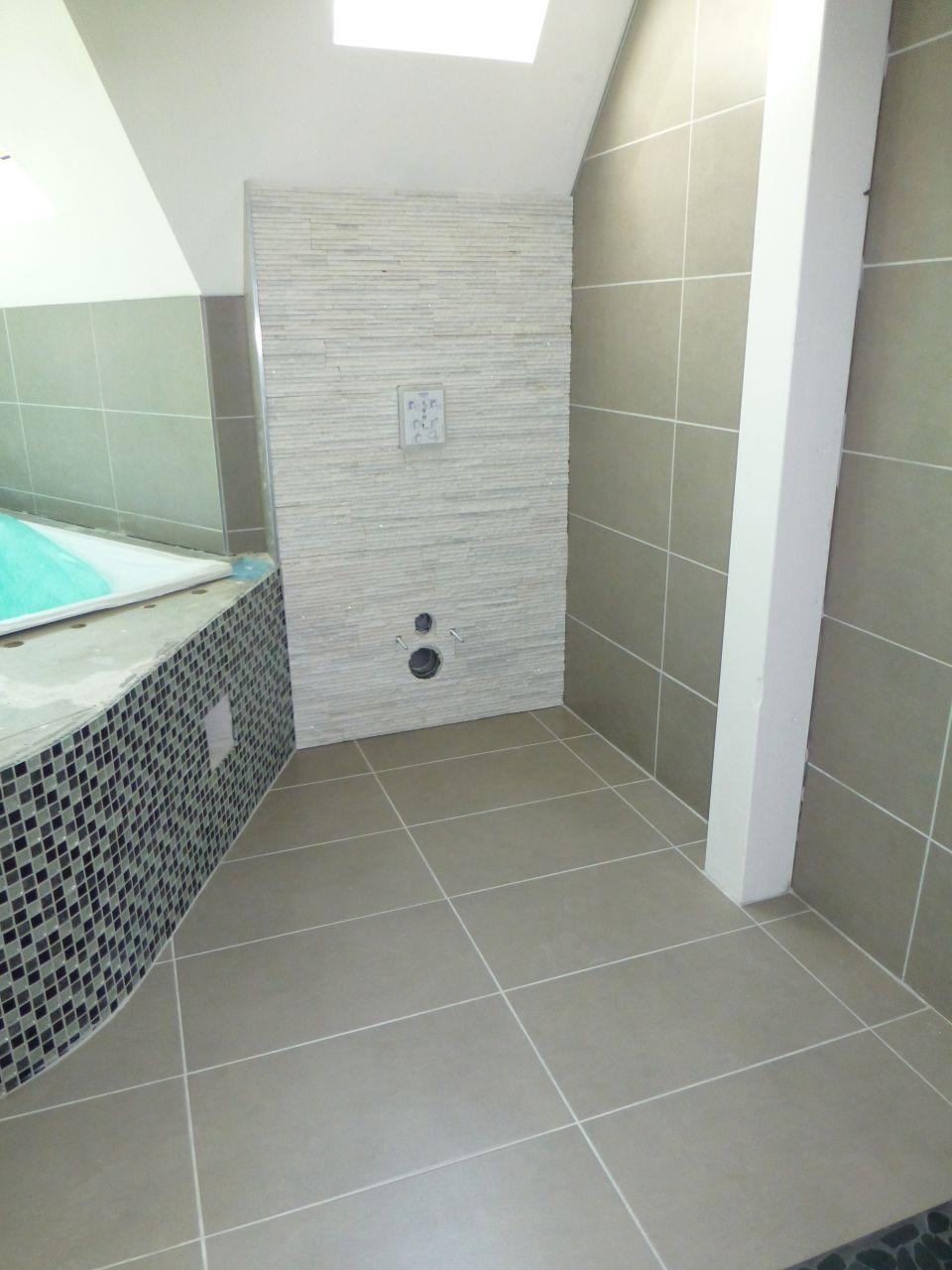 photo salle de bain salle d 39 eau 12m2 sols gris clair niffer haut rhin 68 aout 2013. Black Bedroom Furniture Sets. Home Design Ideas