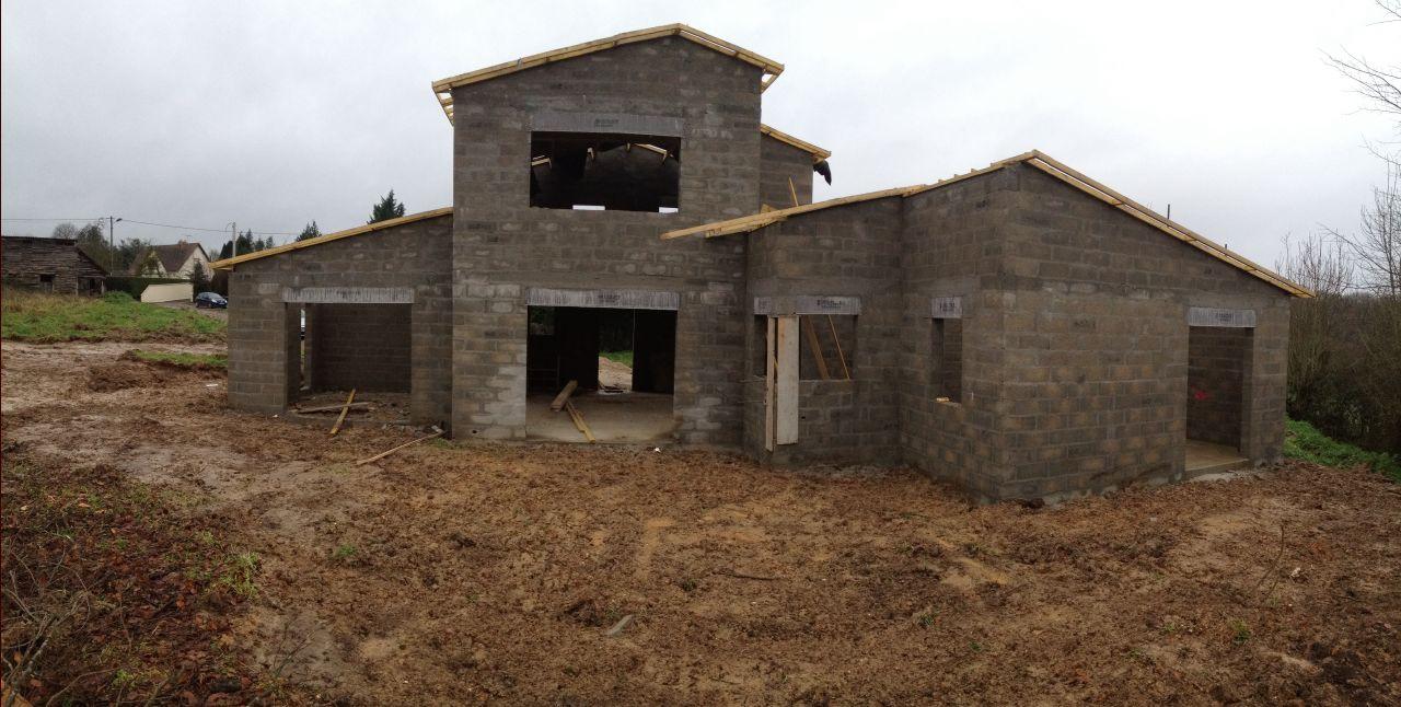 La charpente maison hors d 39 eau hors d 39 air isolation for Prix construction maison hors d eau hors d air