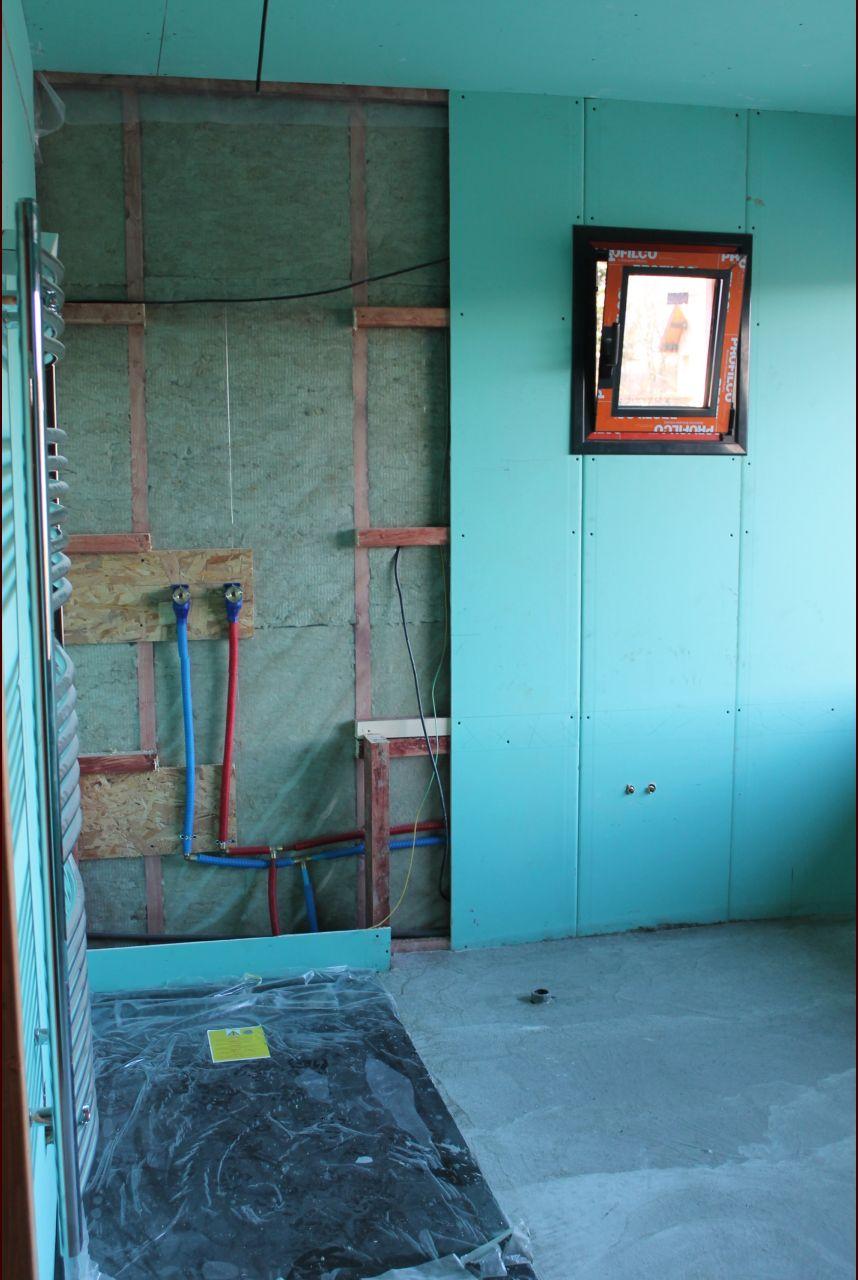 sdb étage avec dalle