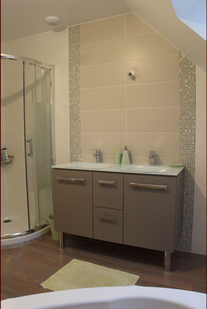 photo vasque 120 cm sur meuble neo taupe de leroy merlin bac douche 90cm villeroy et boch. Black Bedroom Furniture Sets. Home Design Ideas