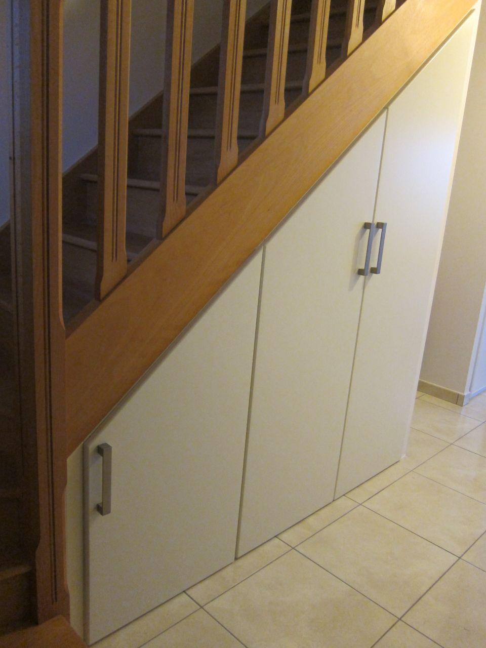 Am nagement de placard sous escalier 47 messages page 3 - Porte de placard sous escalier ...