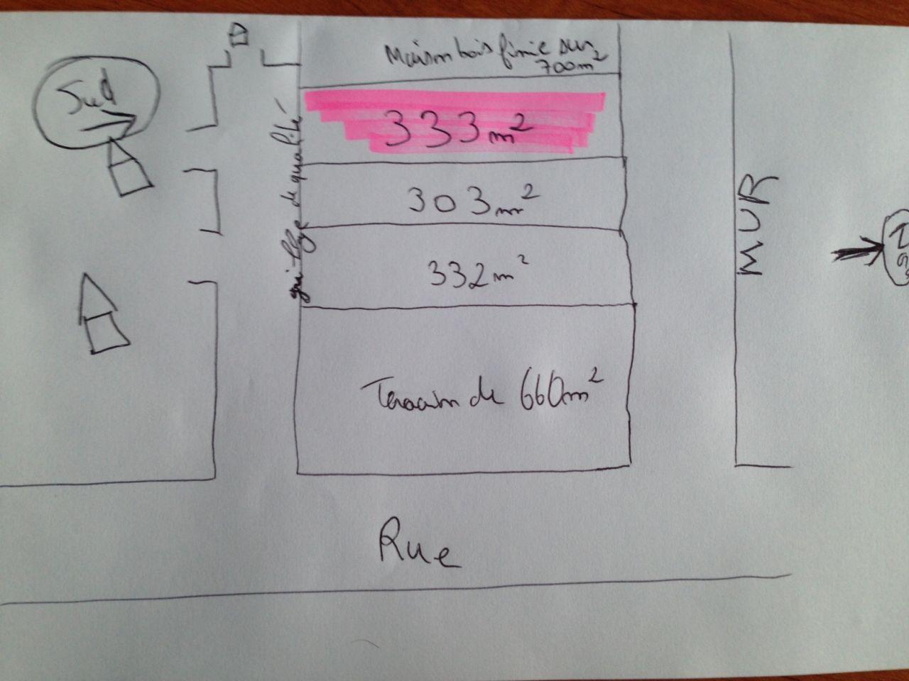Terrain en repérage (surlignage rose) visite demain avec le constructeur.