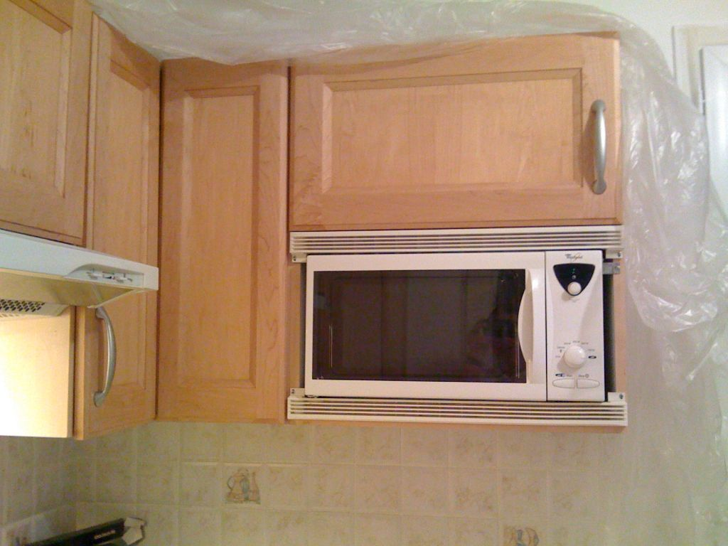 votre aide micro onde encastrable r novation cuisine. Black Bedroom Furniture Sets. Home Design Ideas