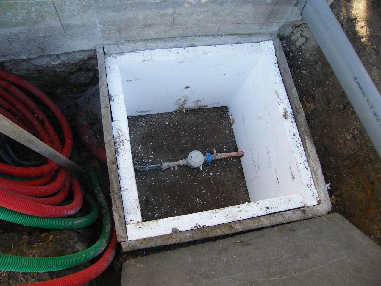 compteur d'eau déplacé.