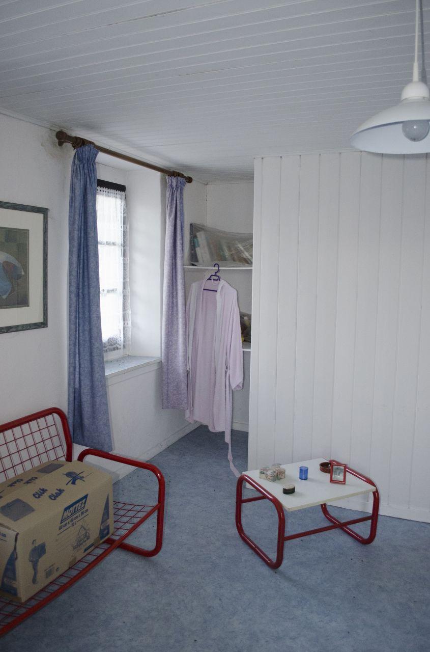 Chambre 2: Le petit coin est au dessus de l'escalier