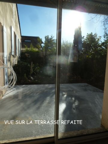 nouvelle terrasse en béton du salon