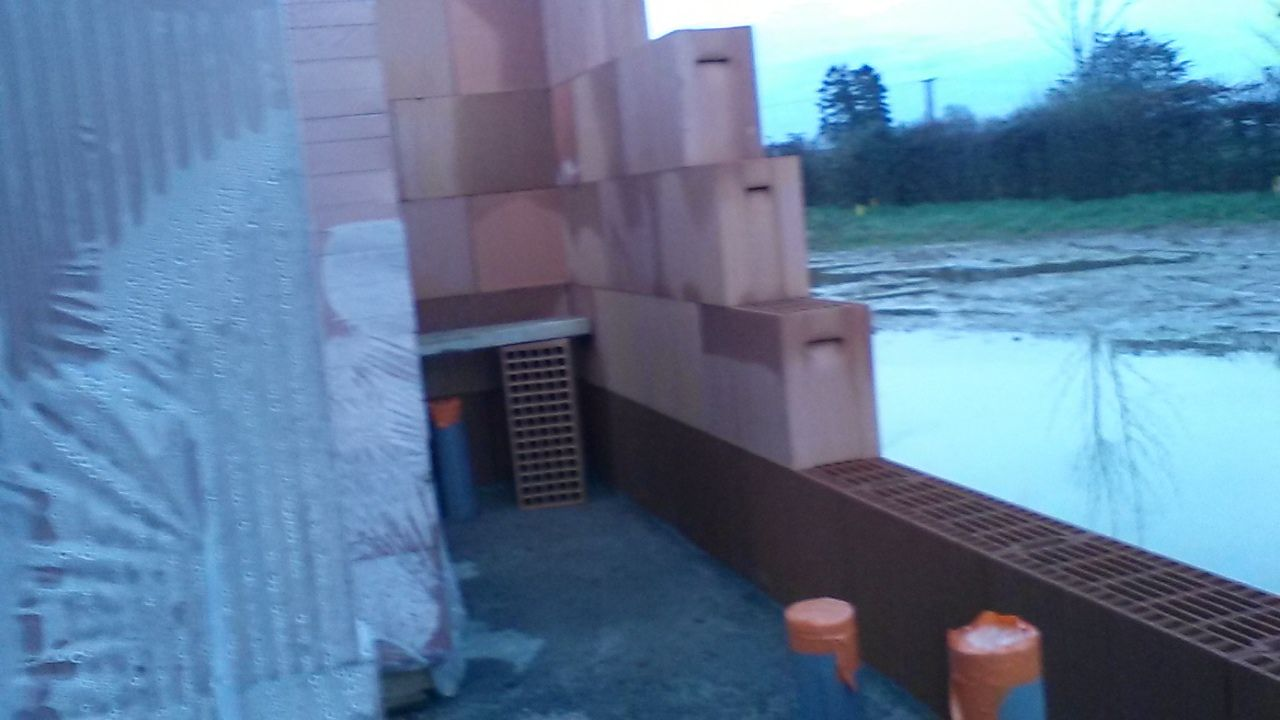 élévation du garage   eau sur terrainqui rempli le vide sanitaire...
