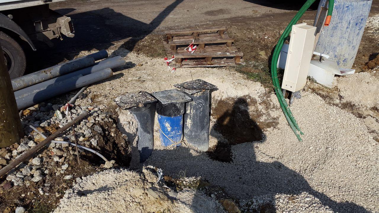raccordement eau pluviale/tout a l égout/eau/télécom/électricité/internet