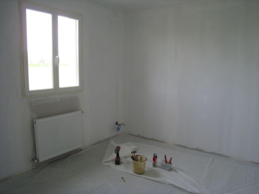 la peinture de sous couche le sanitaire et le chauffage. Black Bedroom Furniture Sets. Home Design Ideas