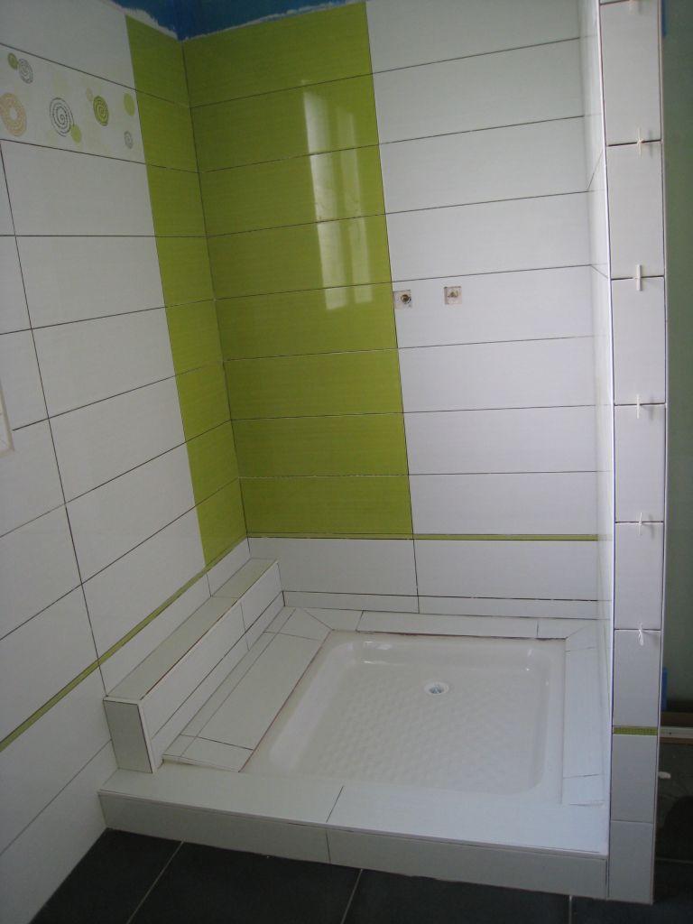La peinture de sous couche le sanitaire et le chauffage - Comment couper de la faience sans carrelette ...