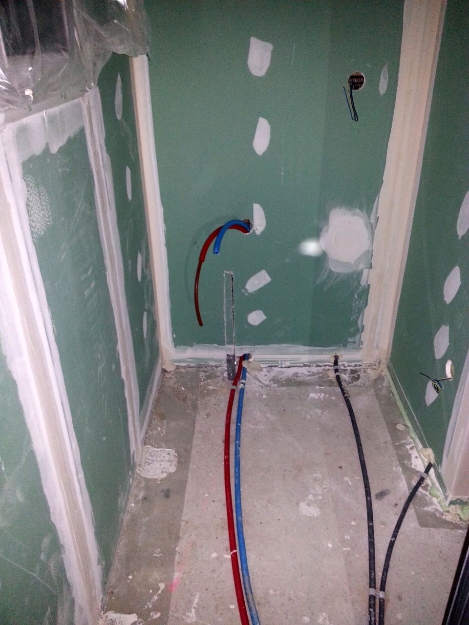 Electricité avant ravoirage SdB RdC