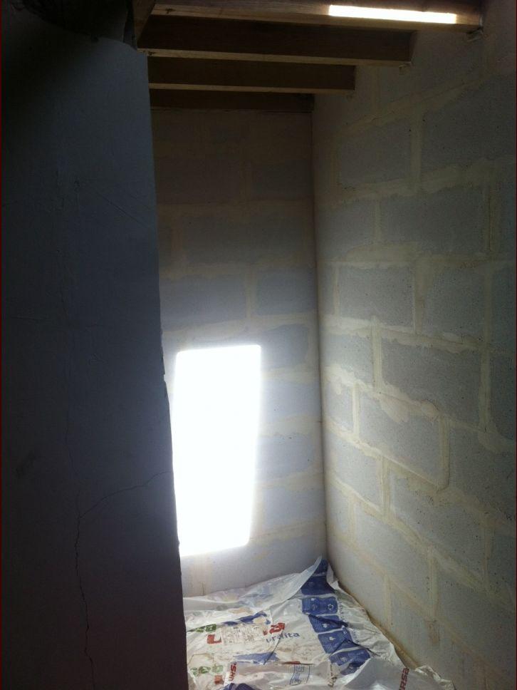 eclairage dans douche solivage apparent 6 messages. Black Bedroom Furniture Sets. Home Design Ideas