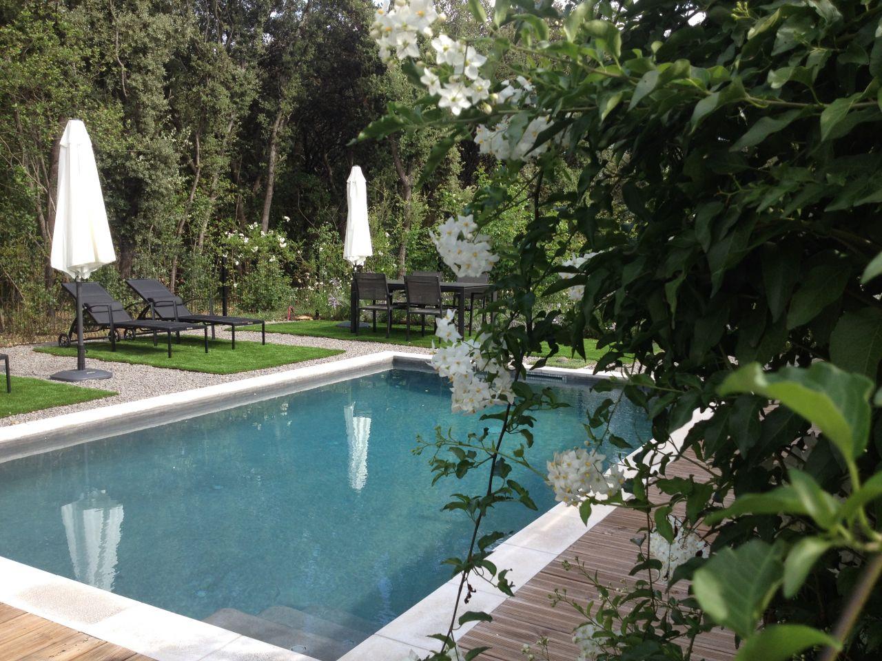 photo piscine b ton projet gard 30 juillet 2014. Black Bedroom Furniture Sets. Home Design Ideas