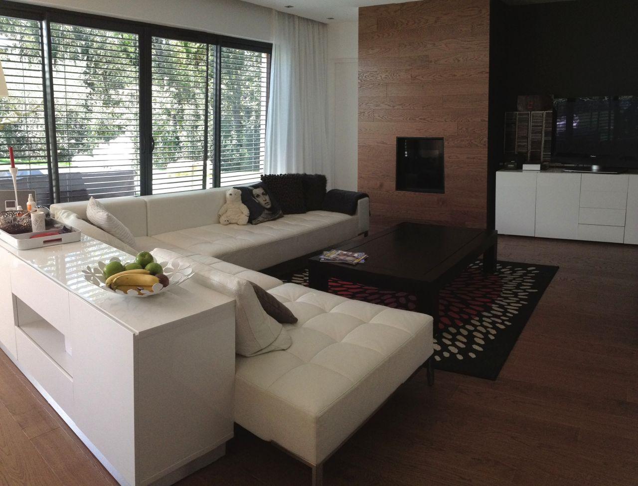 Espace parental 50m2 mobilier blanc - Gard (30) - avril 2015